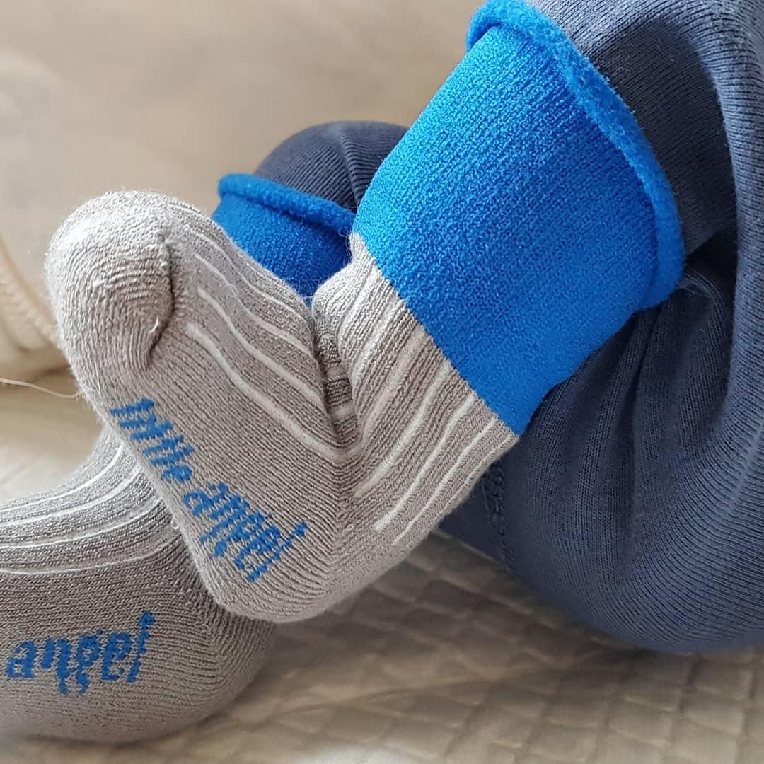 Nošení v zimě, díl 2.: Jak v zimě obléknout miminko do nosítka?